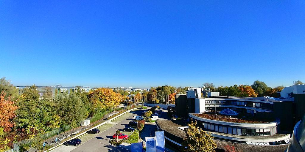 Blick vom Dach des Instituts auf den Campus