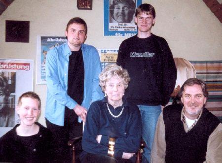 Saskia Daubenspeck, Christoph Börchers, Uta Ranke-Heinemann, Frank Gerken, Helmut Ubben (v. l. n. r.)
